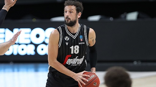 Basket, playoff Serie A: la Virtus soffre ma batte Treviso 88-83 in gara 2