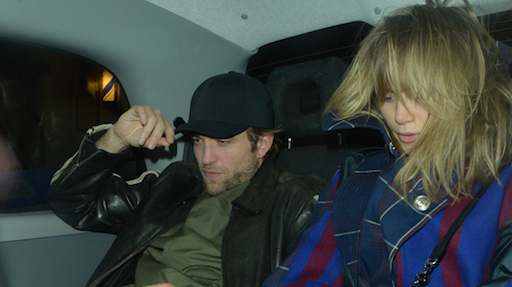 Robert Pattinson e Suki Waterhouse verso le nozze