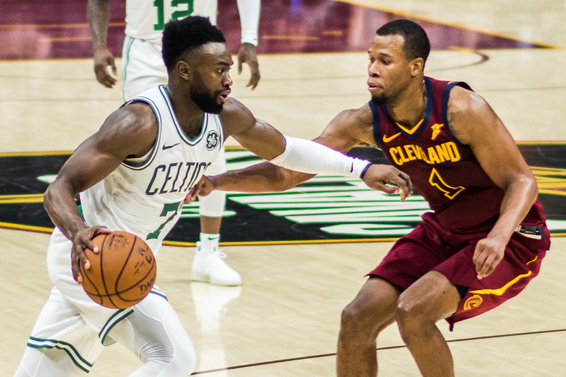 Playoff NBA: Miami rimonta Boston in Gara 2 e vede le Finals