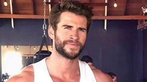 Liam Hemsworth, addio dieta vegana